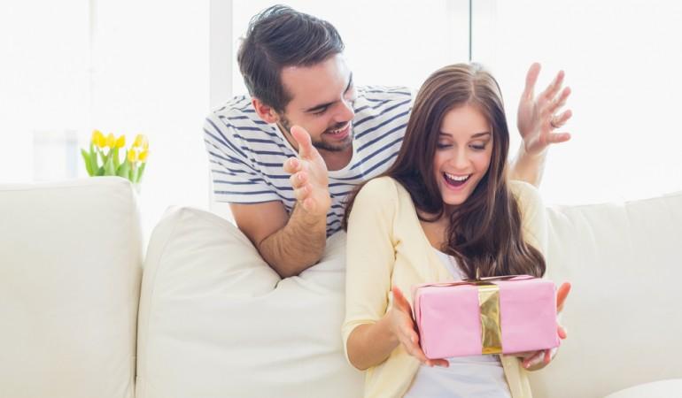 Tre gaver til din stilfulde kæreste – læs med her
