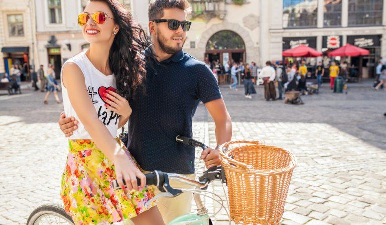 Sommerforkælelse: Det perfekte sommertøj og de lækreste sommersmykker.