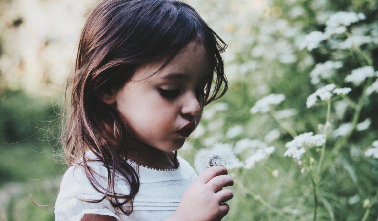 Fyld børnenes garderobe med det lækreste børnetøj